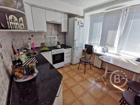 Продам 2  комнатную квартиру в городе Выборге