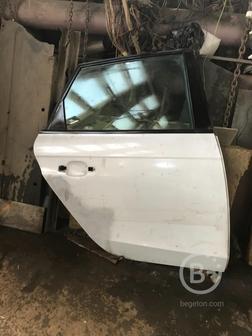 Дверь правая задняя для  Ауди RS4 В8