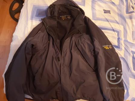 Продам куртку для туризма Mountain Hard Wear новую