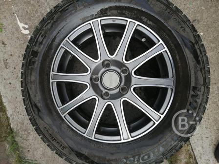 шины зимние на дисках 235\60 R16  4 колеса