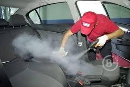 Химчистка салона автомобиля.