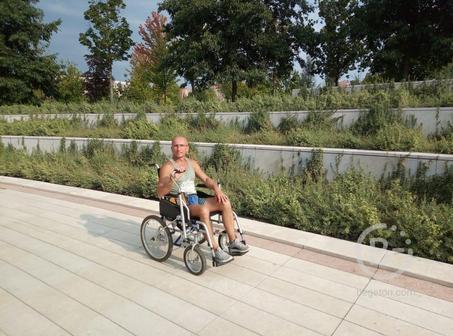 Прокат кресел-колясок в парке Галицкого