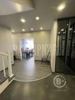 Продам отличную двухуровневую 4-х комнатную квартиру ул. Мира 63