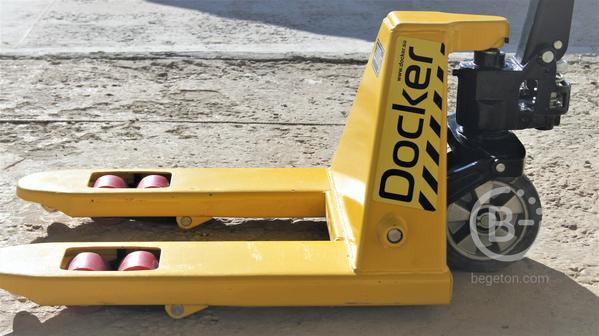 """Гидравлическая тележка ( """"рохля"""" ) Docker, 2000 кг, укороченная"""