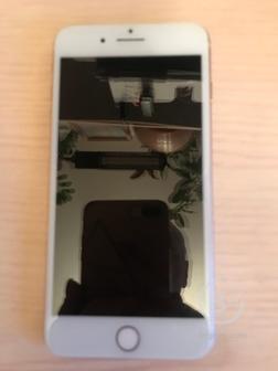 Телефон iPhone 8plus