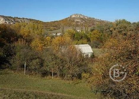 Продается земельный участок  в поселке Межгорье.