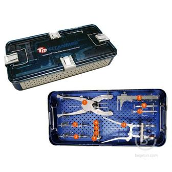 E04990 DIAMOND™ Комплект инструментов для эндопротезирования коленного сустава