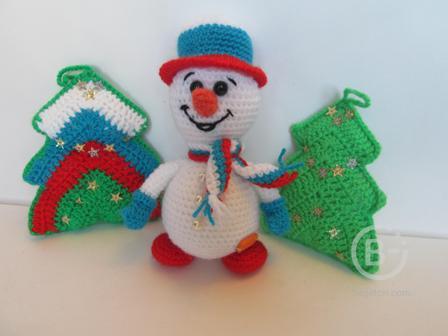 новогодняя игрушка - снеговик