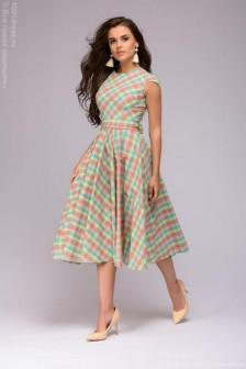 Мятное платье в клетку с пышной юбкой
