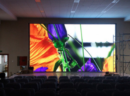 Светодиодный экран для помещения P6