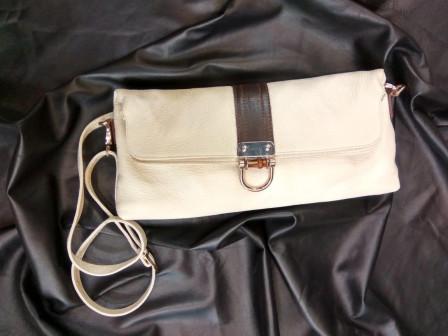 Женская кожаная сумка клатч, крем