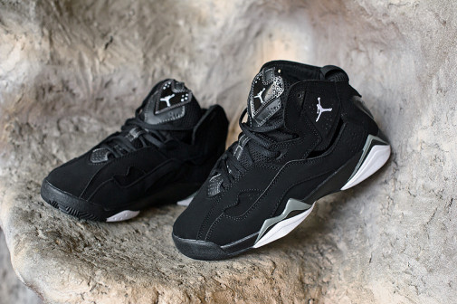 Кроссовки Air Jordan 7