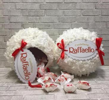 Большая конфета Рафаэлло