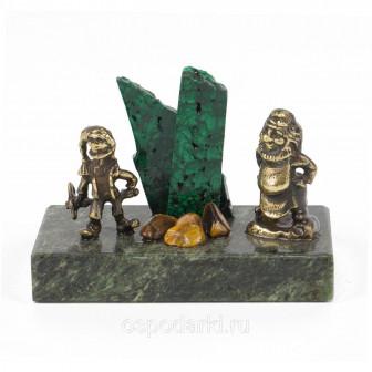 Статуэтка Гномы рудокопы бронза, змеевик, малахит