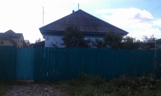 Продам дом 60м/2 на участке 10 соток