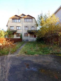 Загородный дом (282 кв.м) + 4 сот. земли.