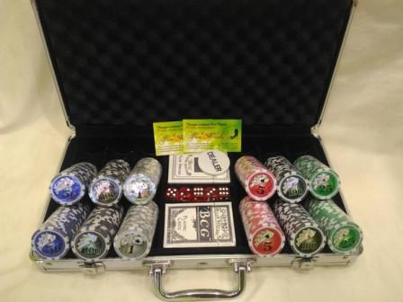 Набор для игры в покер 200 фишек