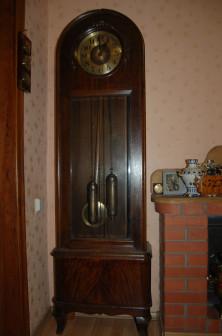 Часы напольные 1910 30 г Германия На ходу, с боем Доставка за отдельную плату