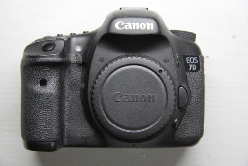 """<span style=""""font-family: 'Arial'; font-size: 12pt; color: #000000;"""">Canon EOS 7D Body</span>"""