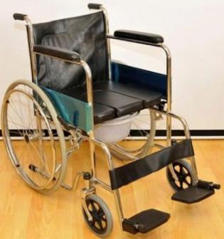 Кресло коляска инвалидная с санитарным оснащением Мега Оптим FS681 45 (ширсидения 41 см, 46 см, 51