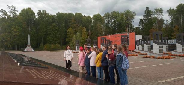 Юнармейцы Брянского автозавода побывали в Хацуне