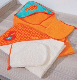 Полотенце для купания с уголком за 890 рублей