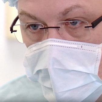 11 лет – больше 10 000 пластических операций