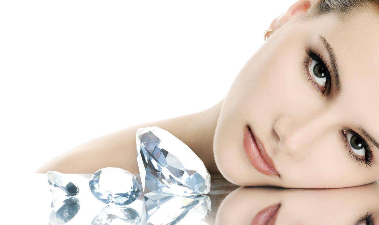 Алмазный пилинг/чистка на аппарате Pristine