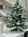 Новогоднее оформление елок