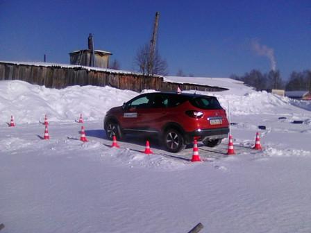 Обучение вождению на а/м Renault Kaptur с АКПП.