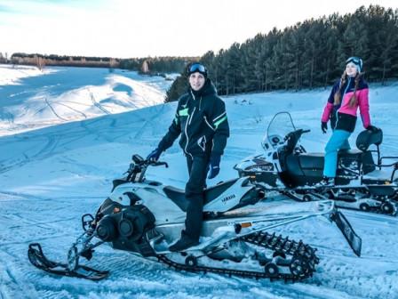 Прокат снегоходов и мотоциклов