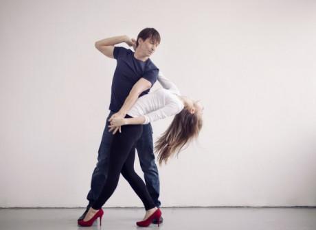 Танцевальные занятия в группах