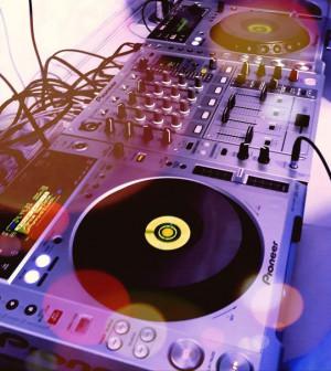 Обучение основам работы DJ