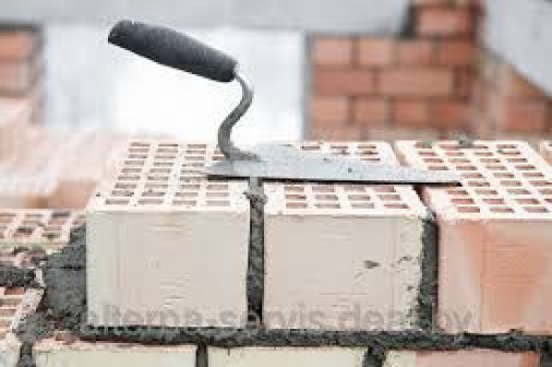 Кладка перегородок,толщиной 12 кирпича при высоте этажа до 4 м на растворе