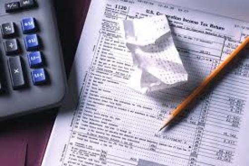 Подготовка налоговых деклараций, подача в налоговые органы