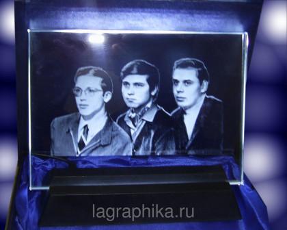 Фото в стекле на подставке с подсветкой 250х200х10, Горизонтальное