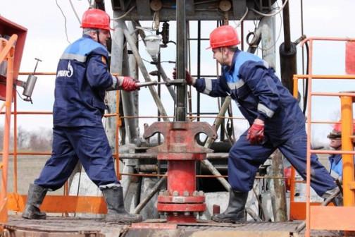 Помощник бурильщика эксплуатационного и разведочного бурения скважин на нефть и газ