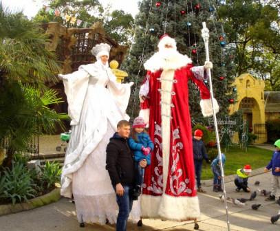 Дед Мороз ходулист