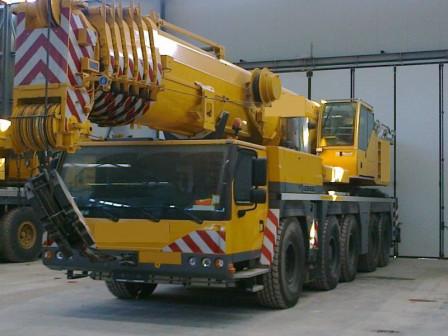 Услуги крана 200 тонн LIEBHERR