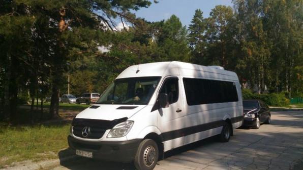 Заказ и аренда микроавтобусов Mercedes Sprinter (20 мест)