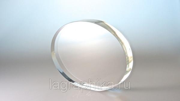 Объёмная лазерная гравировка в стекле (кристалле)   Овал большой 180х136х25
