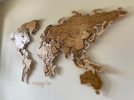 HappyFox карта мира из дерева