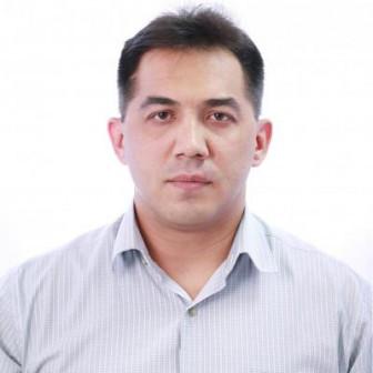 Тахиров Рустем Винерович