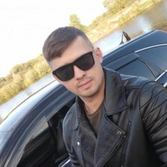 Попов Роман