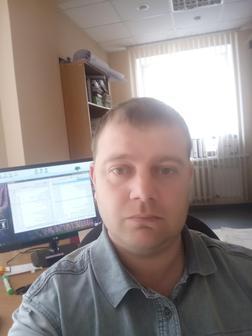 Антон Помазков