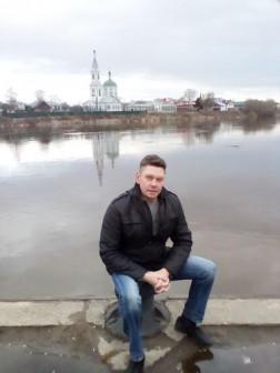 Семенов Юрий Сергеевич