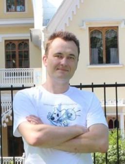 Олег Ефимов
