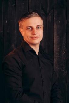 Александр Середин