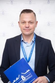 Виталий Гроза