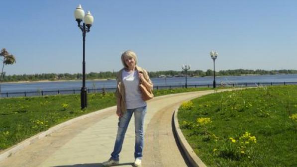 Сущ Лариса Николаевна